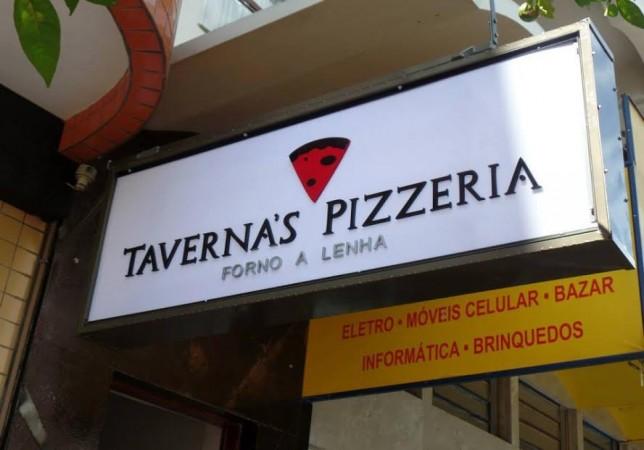 Taverna's Pizzeria